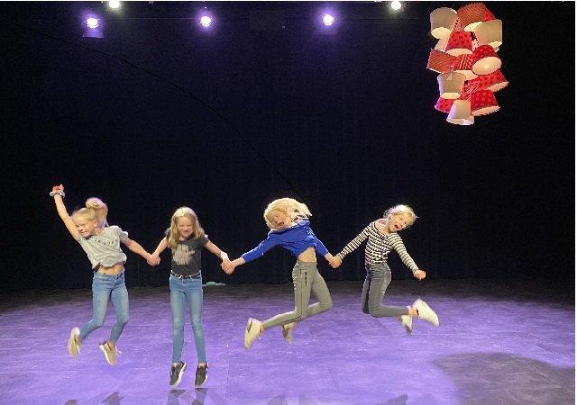 Theaterzaal laat creativiteit scholieren stromen
