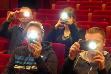 Fotograferen of filmen? Niet tijdens de voorstelling!